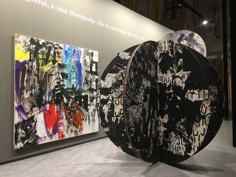 Memoria per Emilio Vedova: l'arte e il gesto in mostra a Milano