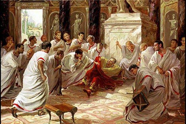 Memoria per 2064 anni fa muore Giulio Cesare - Alla fermata del tram...