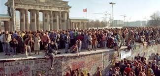 Memoria per 9 novembre 1989 - Nella storia per errore