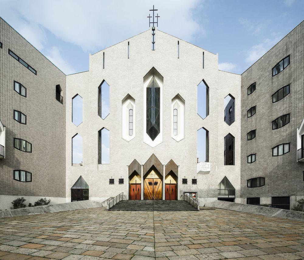 Memoria per Milano: grandi architetti moderni ed i luoghi di culto che vale la pena visitare