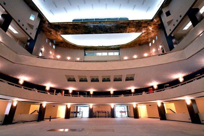 Memoria per Teatro Lirico a Milano: Dopo 20 anni sarà intitolato a Giorgio Gaber